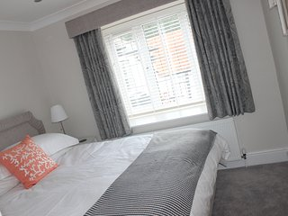 Superior refurbished one bed luxury apartment in historic Bray., Maidenhead