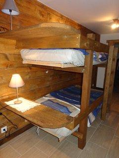 chambre enfants (lits superposés)