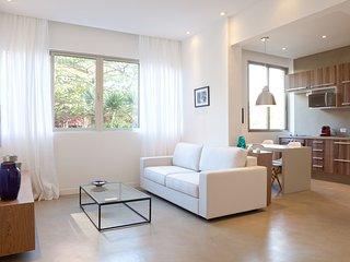 W01.01 - 2 BEDROOM APARTMENT IN ARPOADOR, Rio de Janeiro