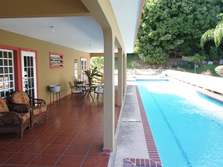 Puntas Rincon Guesthouse with Huge 75 ft Pool Bedroom #2