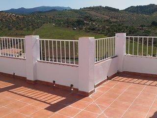 Gran casa con preciosas vistas en El Burgo, Sierra de las Nieves, Málaga