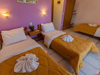 №3 Studio for three, in excellent area just 5 minutes from the sea!