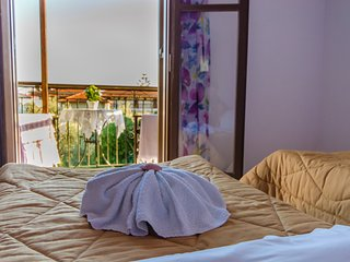 №2 A cozy room of 50 m from the beach!