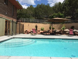 8200 sq ft (with pool) Family Reunion Home / 9bdrms 5 baths sleeps 42-50, Heber City