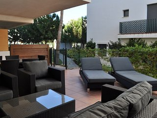 Poolside apartment with terrace, La Cala de Mijas