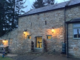 ROMANTIC FARM COTTAGE WITH STUNNING VIEWS ACROSS THE NORTH PENNINES, Allendale