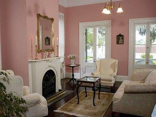 BNB Magnolia Room near Tallahassee