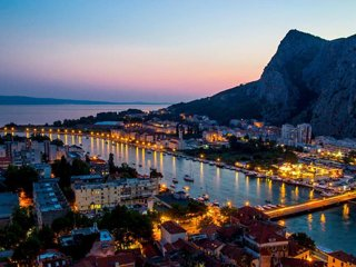Apartment A2 (2+2), Omis
