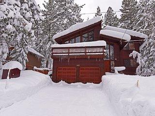 Spacious Tahoe Retreat in Dollar Point, Tahoe City