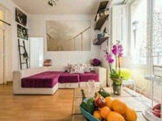 Precioso piso en el centro de Madrid, cómodo ,limpio,  luminoso y bien situado ;