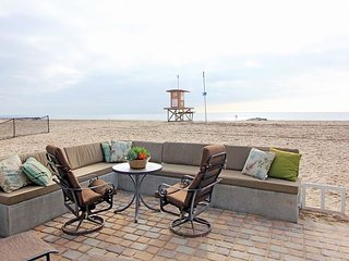 Beautiful Oceanfront Lower Unit of a Duplex! Incredible Views! (68260)