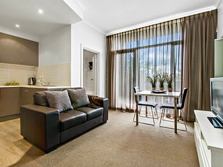 1BR Apartment - Ward St, North Adelaide, Adelaida
