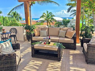 Million Dollar View Beachside Villa - Azul Caribe