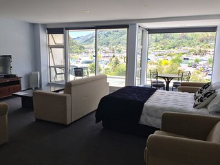 Irish One Bedroom Apartment, Picton