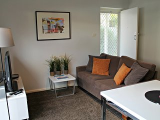 1 BR Apartment - Gover St, North Adelaide