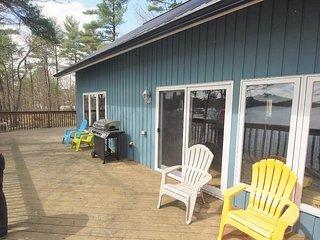 50 foot deck facing the lake