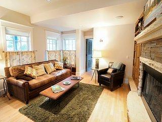 Invitingly Furnished  4 Bedroom  - 1243-119297, Breckenridge