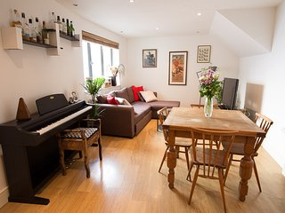 London Bridge stylish and comfy apartment 5 minutes from Tower Bridge, Londres