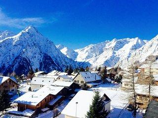 LABEL CLE VACANCES CENTRE ET AU PIED DE PISTE A 20 M DU TELESIEGE SUPERBE VUE, Les Deux Alpes