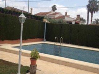 Chalet con encanto para 7 personas con piscina privada, La Eliana