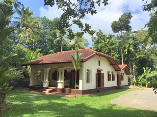 Two Bedroom Villa with Pool, Unawatuna