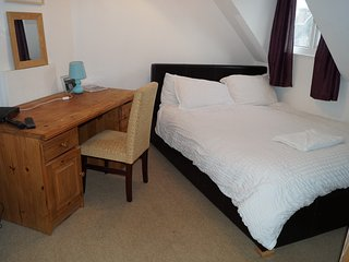 Lovely Comfy Room 6 close to sea and shops, Portsmouth