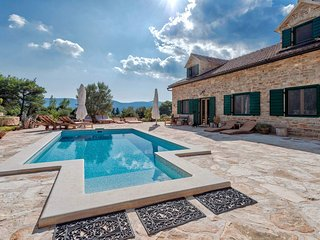 Charming secluded Villa mansion on island Hvar