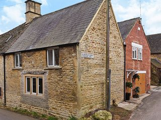 Earby House in Oddington, Lower Oddington