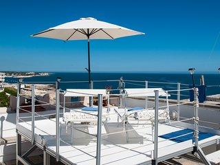 Terrazza Merlata: Brightness Apt w Seaview Terrace