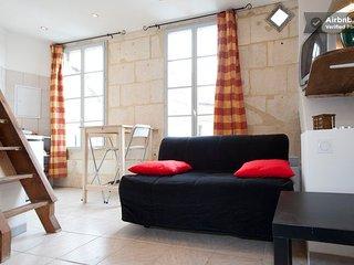 Studio place Paul Doumer - La Roquette, Arles