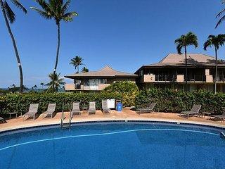 Maui El Dorado J111- Studio -Walk to Kaanapali Beach! Spring Special $119, Lahaina