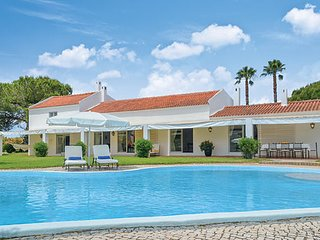 Peaceful Portugal Villa in Algarve - Villa de Diogo