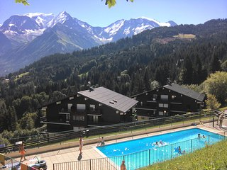 Appartement Saint-Gervais face Mont Blanc piscine, tennis et WiFfi