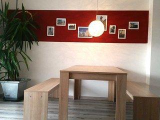 Moderne Wohnung - 3 getrennte Schlafzimmer, Augsburg