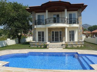 Luxury 4 bed Villa (sleeps 9) with private pool. Newly furnished for 2017, Dalyan