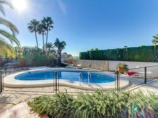Villa c/ increíble vista al mar, A/C y piscina!