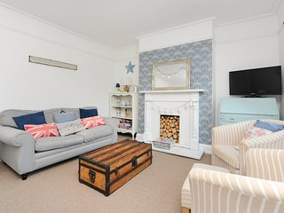 Chapel View in heart of Town with parking space, Broadstairs