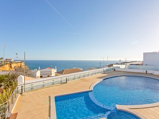 Cliff-top Holiday Escape , Carvoeiro
