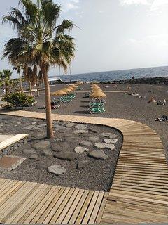 playa a 100 metros