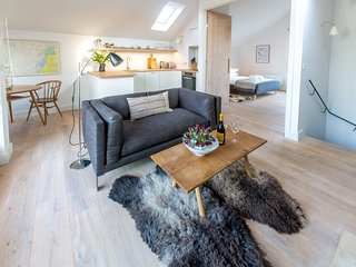 Laurel Studio, Aldeburgh - A romantic apartment for couples