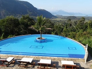 Luxury house with pool and fantastic view  Paraty, Parati