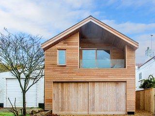 Laurel Studio, Aldeburgh - A romantic apartment for couples