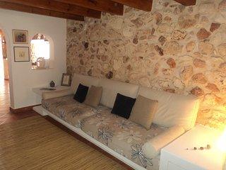 Casa Menorquina centrica restaurada, 3 Plantas.
