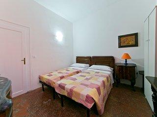Sleep 4 private room