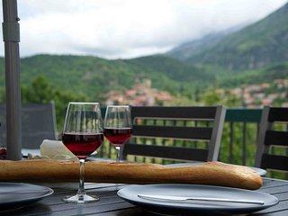 Villa des Mines - Vernet les Bains, stunning views, large sunny terraces, wifi