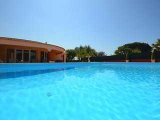 Villa Dolce Vita, an elegant 3 bedroom villa with private garden & pool