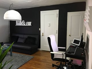 Vintage Private Room in Sunnyside NY