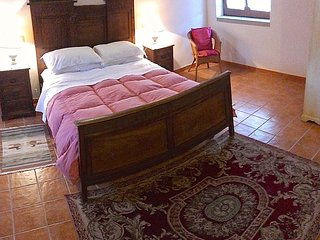 Romantic country house suite apartment sleeps 2-4, Santa Maria di Castellabate