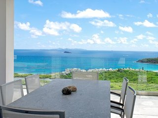 Villa Symphor a modern 3 bedroom, 3 1/2 bath close to Dawn Beach St Maarten