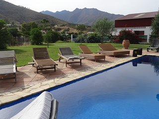 Finca with pool, close to beach, super view over sea and mountains